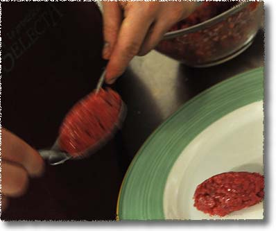 The Trattoria alla Palma's Tartara: Shape the Meat Into Losenges