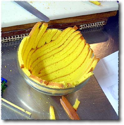 Making Zuccotto: Lining the Bowl