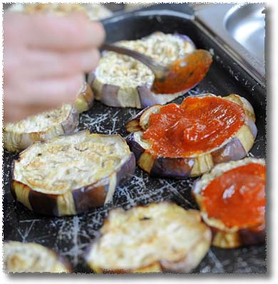 Walter's Variazione alla Parmigiana: Tomato on the First Layer