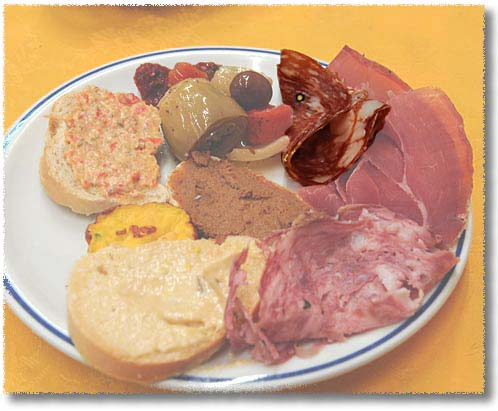 La Speranza's Antipasto Misto: Salame Toscano