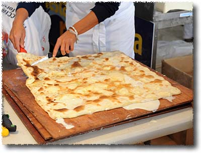 Focaccia di Recco: Slicing It Up!