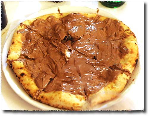 Giovanni Santarpia's Pistocchi Chocolate Cream Pizza